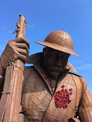 IMG_4767 (tonywinward2) Tags: tommy sculpture seaham county durham north east ne uk united kingdom great britain england wwi world war one 19141918 1914 1918 british army sea seaside