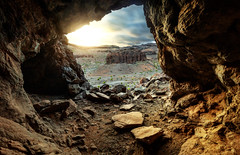 Observando desde la caverna (Gabriel Quintero Hernández) Tags: canon 750d 14mm samyang14mm laspalmas laspalmasdegrancanaria islascanarias landscape island sunset