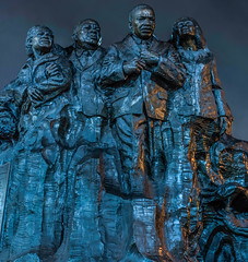 'remember them' - champions of humanity monument (pbo31) Tags: oakland california eastbay alamedacounty city urban nikon d810 color night dark january 2020 boury pbo31 winter art civilrights monument rememberthem bronze leaders humanity peace history uptown mlkjr blue panoramic large stitched panorama