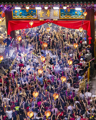 Tradition of planting the 1st joss stick at Chinese New Year (REVIT PHOTO'S) Tags: superior cultural traditional chinese chinesenewyear temple kwanimthonghoodcho singapore praying chinesetemple