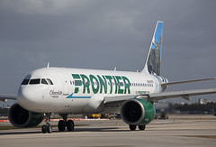 N312FR Airbus A320-251N Frontier Airlines (corkspotter / Paul Daly) Tags: n312fr airbus a320251n a20n 7768 l2j klgq a34ecc fft f9 frontier airlines 2017 fwwiu 20171109 fll kfll ft lauderdale flap2020 flap chocolate moose