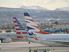 Flair 737-8K5 C-FBVS (kenjet) Tags: flair flairairlines 738 737 737800 7378k5 cfbvs hapaglloyd dahlr travelservice oktvp sunwing cgkvp lv vegas las klas mccarran boeing mccarraninternationalairport airport flugzeug plane jet aviation airline airliner tail aa aal american americanairlines