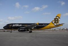 N632JB Airbus A320-232 JetBlue Airways (corkspotter / Paul Daly) Tags: n632jb airbus a320232 a320 2647 l2j acgp a845f4 jbu b6 jetblue airways 2005 fwwif 20060111 kfll fll ft lauderdale flap2020 flap