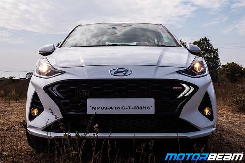 2020-Hyundai-Aura-19