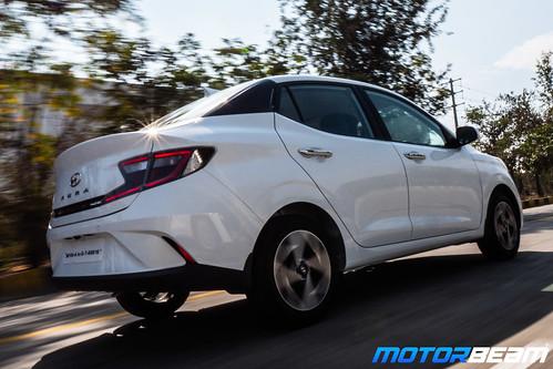 2020-Hyundai-Aura-1