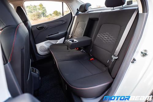 2020-Hyundai-Aura-22