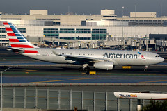 American Airlines   Airbus A330-200   N290AY   San Francisco International (Dennis HKG) Tags: aircraft airplane airport plane planespotting oneworld canon 7d 100400 sanfrancisco ksfo sfo n290ay american americanairlines aal aa usa airbus a330 a330200 airbusa330 airbusa330200