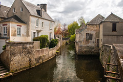 Épicerie en ruine à Bayeux (Normandie) (h.dirix) Tags: normandy france store bayeux ruined ruin