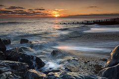 Bouncing light (Through Bri`s Lens) Tags: sussex worthing kingstongorse flow rocks sunset brianspicer canon5dmk3 canon1635f4 leefilters