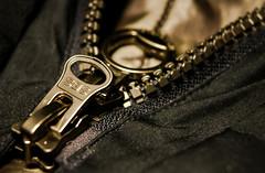 Zipper (Jose Rahona) Tags: macromondays zipper hmm macro mondays cremallera zip
