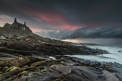 Incoming (ianbrodie1) Tags: northumberland bathing house howick cloud storm sunset coast coastline northeast leefilters sea seascape angry moody