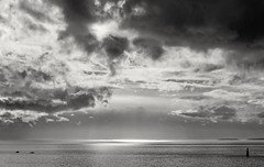 Day on the water (L@nce (ランス)) Tags: salishsea pacific ocean juandefuca clouds cloud cloudy storm stormy sky skyscape boat lighthouse brotchie ledge boats nikon canada britishcolumbia victoria jamesbay dallasroad hollandpoint nikkor 55mmf28aismfmicronikkor monochrome bw