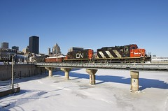 CN 4129 & CN 7250 (Michael Berry Railfan) Tags: cn4129 cn7250 cn canadiannational train freighttrain montreal wharfspur portofmontreal oldport oldmontreal gp9 emd gmd