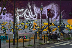 Quai de Valmy (Edgard.V) Tags: paris parigi street art urban arte urbano callejero graffiti mural murales place piazza praça square mur wall muro