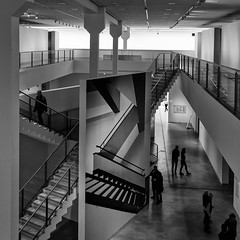 Museum (Leipzig_trifft_Wien) Tags: museum inside building bnw architecture urban