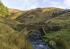 Packhorse Bridge (l4ts) Tags: landscape derbyshire peakdistrict darkpeak edale kind rivernoe jacobsladder packhorsebridge pennineway