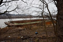 Empty Barges at Ludlow, Kentucky (durand clark) Tags: ludlowkentucky ohio river barge cincinnati ohioriver northernkentucky floodplain nikond750