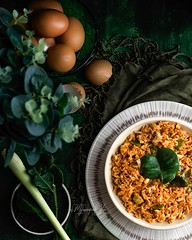 Tuesday missed its rendezvous with Tacos and went on a blind date with Tomyum (anu.girish) Tags: myinspirationsoflove food foodstyling tomyum tomyumfriedrice rice meal green orange