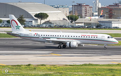 Royal Air Maroc (Guilherme_Martinez) Tags: aircraft airbus airbuslovers adorable sky summer sun follow family followme governamental light hobbie holidays hifly hobby show lisboa love lisbon lovers like planespotting passion portugal private beautiful best boeing boeinglovers avioes