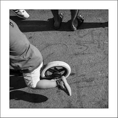 le bowl #3 (Panafloma) Tags: 2019 bandw bw bouchesdurhône fr famille france géographie marseille nadine nadinebauduin natureetpaysages personnes techniquephoto végétaux blackandwhite bowlmarseille enfant monochrome noiretblanc noiretblancfrance photoderue pieds provence province streetphoto streetphotography