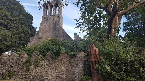 tree sculpture of a knight in Malahide Castle