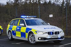 LF19 DTG (S11 AUN) Tags: cleveland police bmw 330d 3series touring anpr traffic car roads policing rpu 999 emergency vehicle lf19dtg