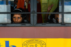 India - Cochi - Bus - 1812 (Peter Goll thx for +14.000.000 views) Tags: girl kind d850 cochin nikon child kerala india people bus 28300mm mädchen nikkor28300 2019 indien nikond850