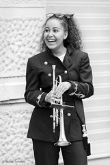Happy (Bart van Hofwegen) Tags: girl woman smile laugh smiling laughing happy trumpet musician music band people street streetphotography streetportrait city citystreet citylife monochrome blackandwhite málaga malaga