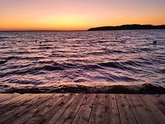 After Sunset 21I2020 (gregor_kampus) Tags: jezioro jeziorozegrzyńskie pozachodziesłońca zachódsłońca natura fale закат красивыезакаты наозере природа волны lake aftersunset sunset nature waves