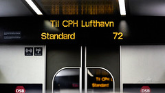 2020-01-29 17.47.15 - Straight Lines, Fri leg, Dag 29-366, Uge 5, DSB tog, Århus, Randers - _DSC7548 - ©Anders Gisle Larsson