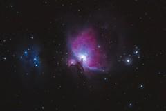Messier 42, the Orion Nebula and NGC 1975, the Running Man Nebula (Luiz Ricardo Silveira) Tags: nikond5000 nikon longexposure longperng longperng66mm400 66mmf6 66400 66mm apochromatic apocromatico m42 ngc1975 messier astrophotography astrofotografia astronomia astronomy astro deep deepskyobject dso deepskystacker astrometrydotnet:id=nova3913797 astrometrydotnet:status=solved