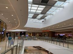 Mall (pianoforte) Tags: megamall malling fashionhall shopping eating mom droppedoffthecarforservice subaru grab