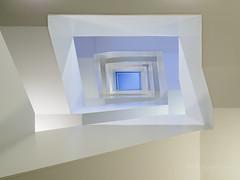 Stairs but no steps (Karsten Gieselmann) Tags: 714mmf28 architektur em1markii mzuiko microfourthirds olympus treppenhaus architecture kgiesel m43 mft staircase stairs munich bavaria germany
