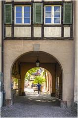 240-UN PASAJE CON ENCANTO -   KAYSERSBERG - LA ALSACIA - FRANCIA - (--MARCO POLO--) Tags: pueblos rincones arcos ventanas
