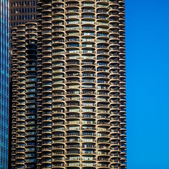 All I Can See is Black and White and White and Pink with Blades of Blue (Thomas Hawk) Tags: america bertrandgoldberg chicago cookcounty illinois marinacity usa unitedstates unitedstatesofamerica architecture fav10 fav25 fav50 fav100