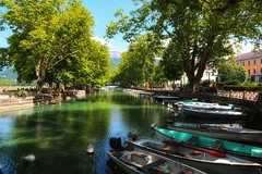"""Annecy, France (mandyhedley) Tags: travel lake france annecy boats holidays boating snapseed canon7dii leadinglines """"flickrtravelaward"""""""