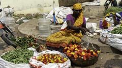 Marché de fleur à Madurai (richard.hebert68) Tags: sony 24240mm inde