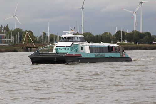 NL -- 'SMILTYNE' - de waterbus