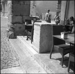 Ladies (Paolo Levi) Tags: zeiss ikonta 52316 75mm foma fomadonp fomapan film analogue novaranastigmat verona italia cafeteria