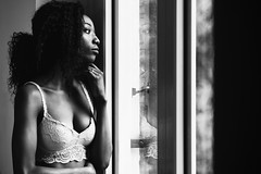 African Dreams (Thomas Weiler Fotografie) Tags: portrait people grace fashionable attractive sexy natural naturallight beauty girl woman young adult female sensual longhair smile face eyes charming african afro glamour expressive thomasweilerfotografie germany münchen model pretty window indoors blackandwhite monochrome absoluteblackandwhite bestportraitsaoi elitegalleryaoi
