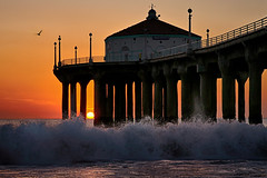 When The Sun Kisses The Ocean (lfeng1014) Tags: whenthesunkissestheocean sunset ocean manhattanbeachpier manhattanbeach waves pier pacificocean beach landscape canon5dmarkiii ef2470mmf28liiusm california usa travel lifeng