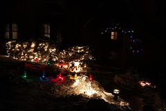 Summit, NJ - Holiday Lights 1243 (Mark.R.Friedman) Tags: holiday christmas night festive holidaylights winter snow