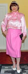 Birgit030077 (Birgit Bach) Tags: skirt rock buttonthrough durchgeknöpft fauxleather kunstleder blouse bluse satin
