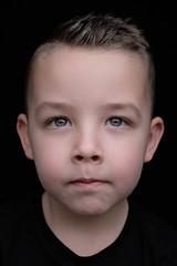 DSCF8233 (YouOnFoto) Tags: boy child kind jongen jongetje eyes ogen inens serieus closeup portrait portret kleur color colour fujifilm xt20