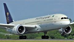 HZ-AR23 (AnDyMHoLdEn) Tags: saudia saudiarabian 787 dreamliner egcc airport manchester manchesterairport 23l