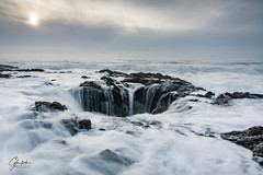 Thor's Well, the Notorious Sinkhole (glentsch) Tags: lentsch oregon pacific sinkhole thorswell well pacificnorthwest ocean hole waves tide