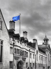 Cambridge on Brexit Day, 31 Jan (Sir Cam @camdiary) Tags: architecture european europe flag january 202001 brexitday brexit pembrokecollege cambridge bw selective colouration