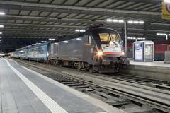 MRCE 182 530 München Hbf (daveymills37886) Tags: mrce 182 530 münchen hbf baureihe siemens es64u2 nightjet