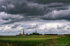 Clouds over Medemblik Also (Alfred Grupstra) Tags: cloudsky sky nature ruralscene landscape cloudscape field agriculture scenics outdoors blue farm summer nopeople nonurbanscene storm industry meadow dramaticsky grass medemblik