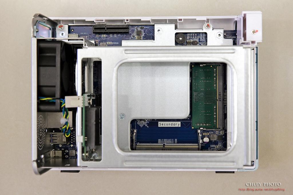 (chujy) QNAP TS-251D 斜槓的NAS:資料備份,影音享受的多重服務